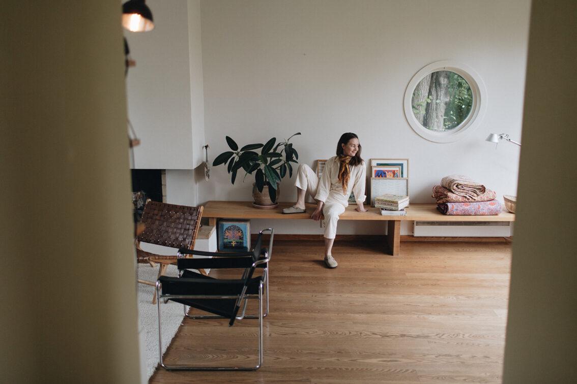 Emma Wright – StudioBazar